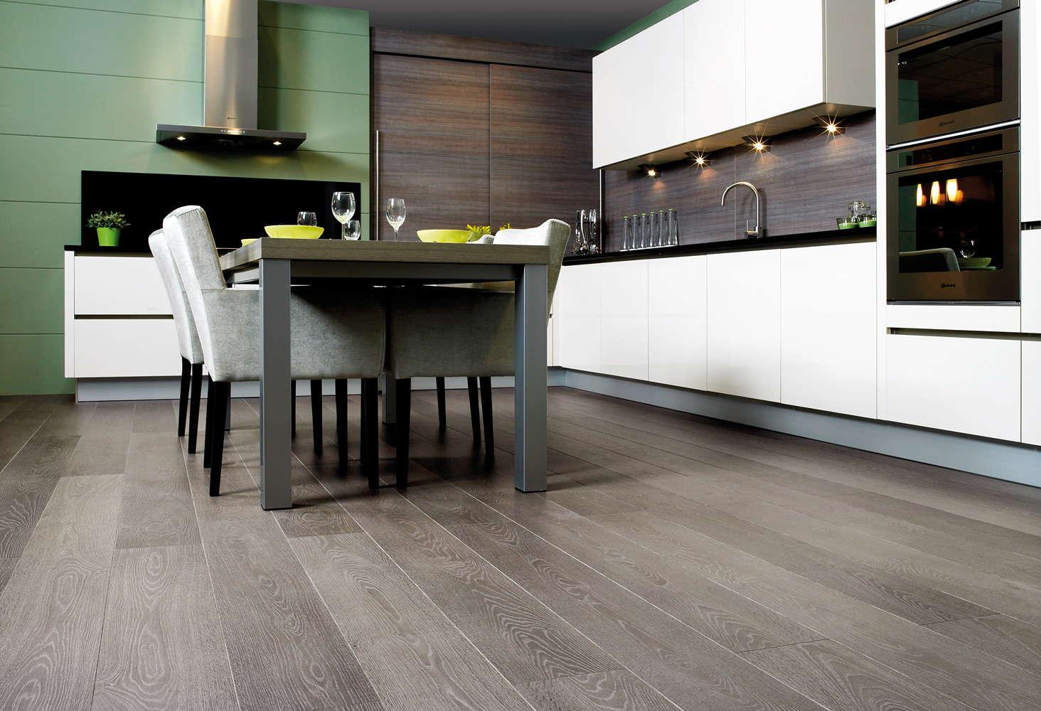 Quickstep Flooring Crestwood Of Lymington